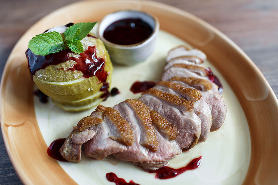 duck-breast-with-apple-flambe-455