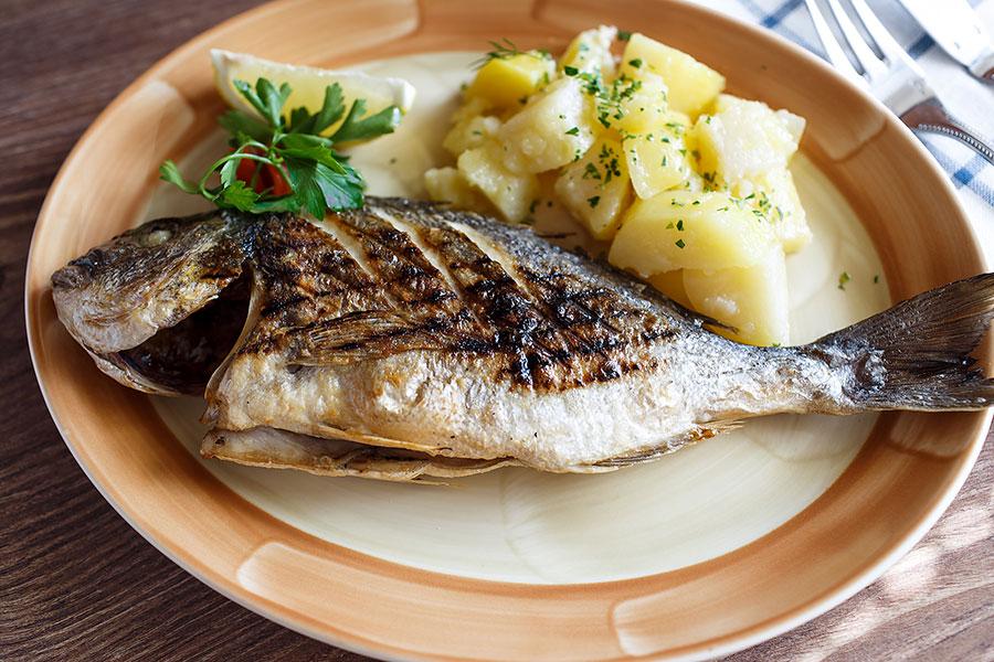 grilled-dorado-banquet-682