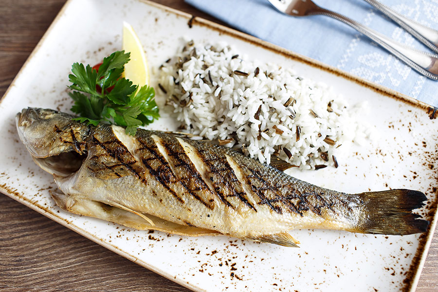 grilled-sea-bass-banquet-705