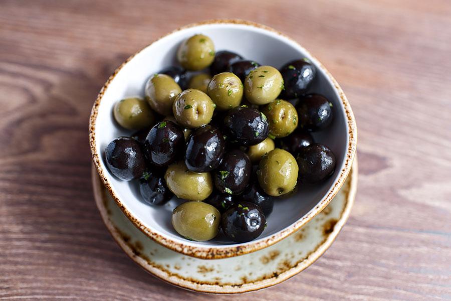 olives-banquet-885