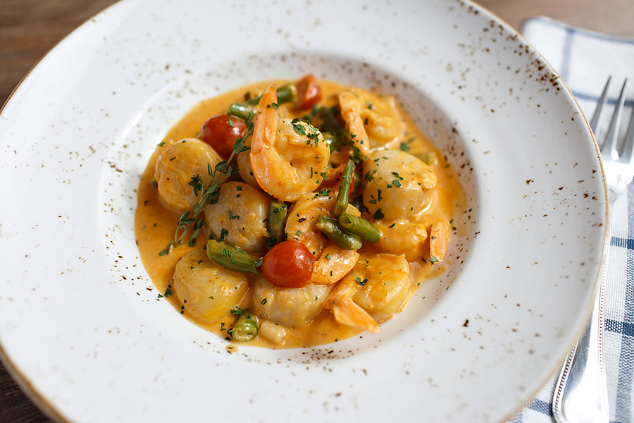 scallops-with-prawns-835
